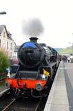 Train de vapeur de Jacobite à la station de Fort William. Image libre de droits
