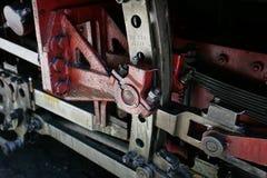 Train de vapeur de Mocanita sur la vallée de Vaser Jetez un coup d'oeil au mécanisme de vitesses photo libre de droits