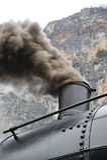 Train de vapeur sur le treno de chemin de fer un vapore Photographie stock