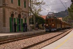 """TRAIN EN BOIS DE S DE SOLLER """" photographie stock"""