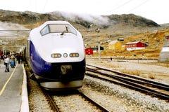 Train en Norvège Image libre de droits