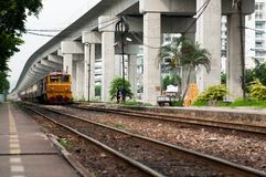 Train en Thaïlande Photos stock
