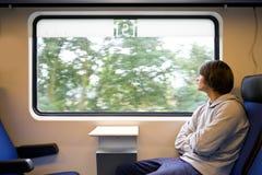 Train et pluie Photographie stock