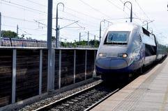 Train français d'Alstom TGV à la plate-forme Photographie stock libre de droits