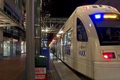 Train maximum du centre de Portland Orégon photographie stock