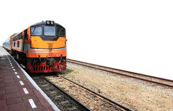 Train par la gare ferroviaire Photo libre de droits