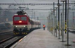 Train pluvieux de matin Photographie stock