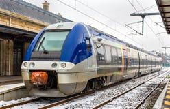 Train régional à la station de Saint-Matrice-DES-VOSGES - France photos libres de droits