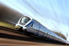 Train rapide dans le mouvement Images stock