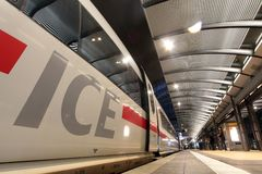 Train rapide interurbain à Francfort Images libres de droits
