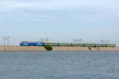 Train rapide oriental, Ukraine orientale photos stock