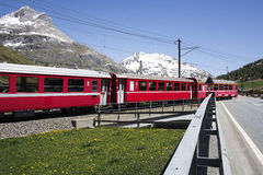 Train rouge suisse Photos stock