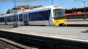 Train Train sur un chemin de fer Image libre de droits