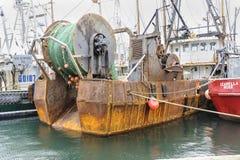 Traineira de oxidação no porto Imagem de Stock