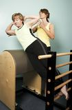 Training met een Persoonlijke Trainer Royalty-vrije Stock Foto's