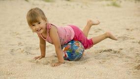 Training op het strand Stock Fotografie