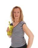Trainingsfrau mit ihrer Wasserflasche Stockfoto