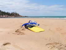 Trains de Snorkling sur la plage Images libres de droits