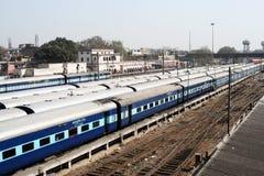 trains indiens de dormeur de distance longs Photographie stock