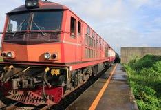 Trains suburbains en Thaïlande Photos libres de droits