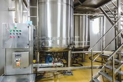 Traitement de l'eau ou pièce de distillation Photo stock