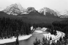 Traitement de Morants - route express de vallée d'arc près de Lake Louise, ab Images libres de droits