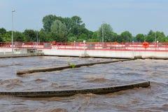 Traitement des eaux usées, usine, aération des eaux usées Images libres de droits