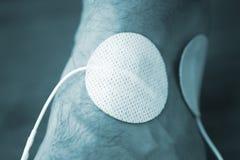Traitement main-bras patient de physiothérapie de poignet Images libres de droits