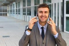 Traitement multitâche agité d'homme d'affaires avec l'espace de copie image libre de droits