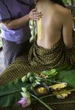 Traitement organique naturel de beauté de station thermale asiatique de massage images stock