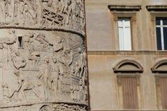 Trajan&en x27; s-kolonn arkivbilder