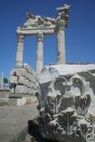 trajan pergamon s tempel Arkivbilder