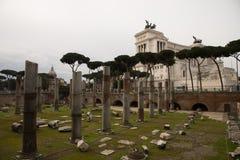 Trajan ` s forum w Rzym, Włochy Altare della Patria Obraz Royalty Free
