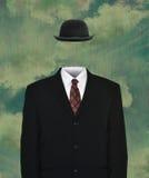 Traje de negocios vacío surrealista, Derby Hat imágenes de archivo libres de regalías