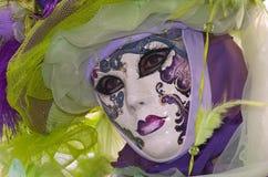 Traje decorativo lleno en el carnaval de Venecia Imágenes de archivo libres de regalías