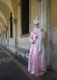 Traje del carnaval en Venecia Fotos de archivo libres de regalías