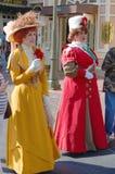 Traje retro de la alineada en el mundo Orlando de Disney Imagen de archivo
