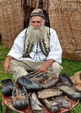 Traje romeno tradicional Imagens de Stock