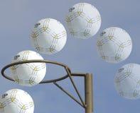 Trajectoire de but de net-ball images libres de droits