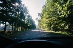 Trajet en voiture images stock