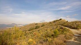 Trajeto através das montanhas de Sierra Nevada no evenng tarde, a Andaluzia, Espanha Fotografia de Stock Royalty Free