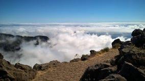 Trajeto através das nuvens Imagens de Stock
