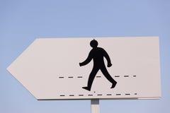 Trajeto da caminhada do homem negro do sinal Fotos de Stock