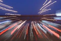 Trajeto da exposição longa das luzes imagens de stock