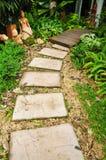 Trajeto de pedra no jardim Fotografia de Stock