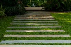 Trajeto do jardim no hotel Imagens de Stock Royalty Free