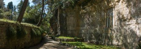 Trajeto do parque dedicado a Robert Koch na ilha de Veliki Brijun fotografia de stock royalty free