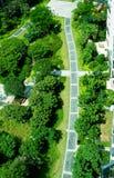 Trajeto do tijolo da curva no jardim Foto de Stock