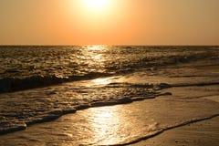 Trajeto solar no mar no por do sol Imagens de Stock Royalty Free
