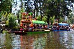Trajinera de Xochimilco Foto de archivo libre de regalías